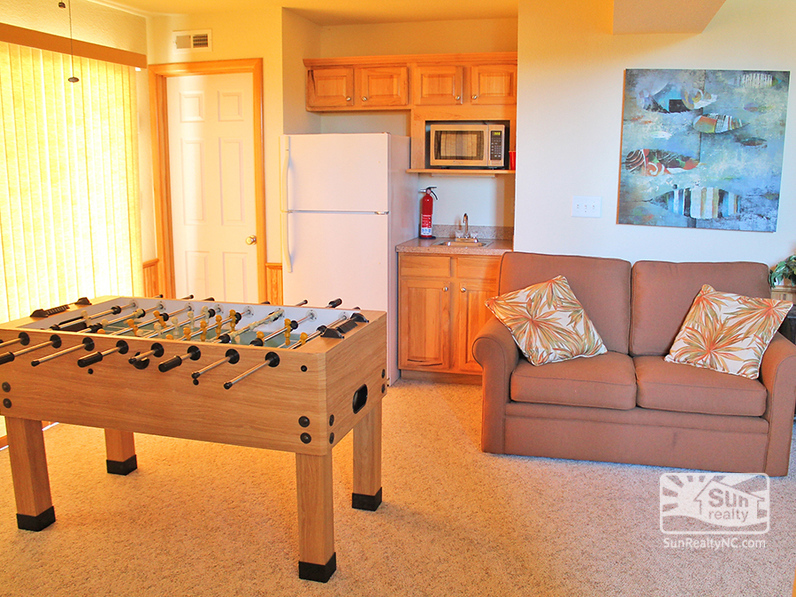 Game Room w-Foosball and Wet Bar