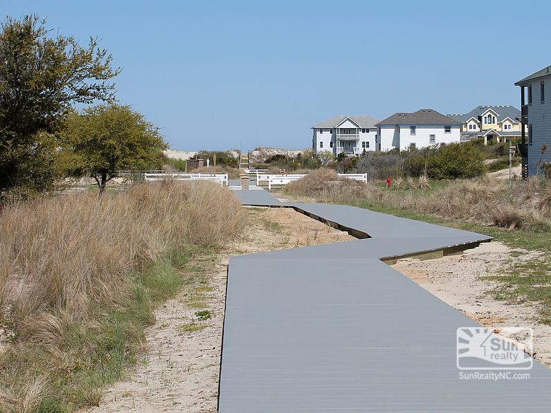 Community Beach Path