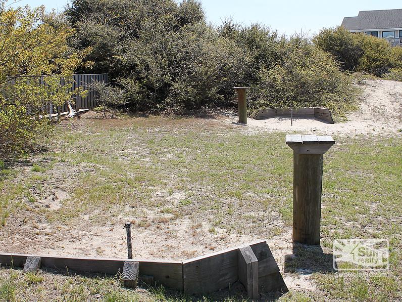 Private Horseshoe Pit