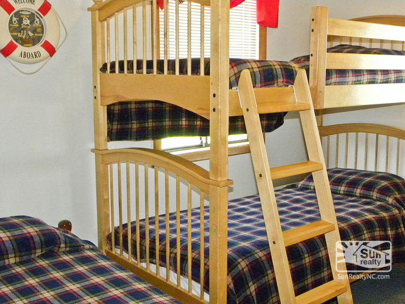 Mid-Level Twin and Bunk Bedroom