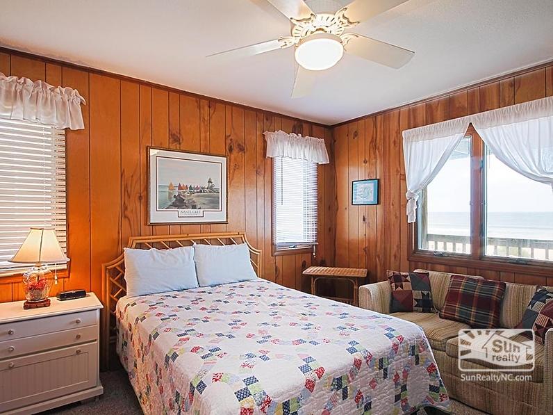 Queen Bedroom w/ Ocean Views
