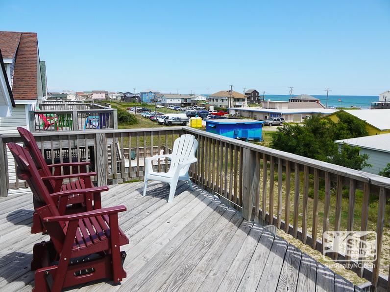 Top-Level Deck w/ Ocean Views