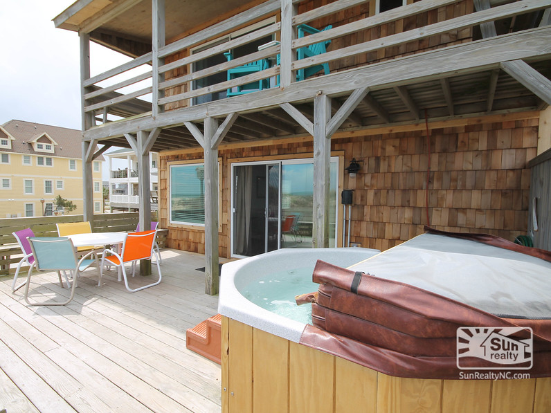 Private Hot Tub and Deck