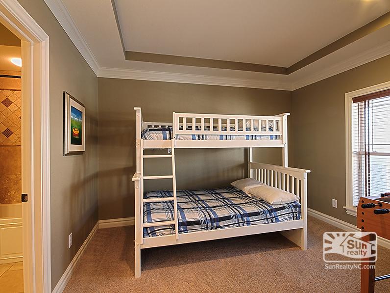 Top-Level Pyramid Bunk Bedroom
