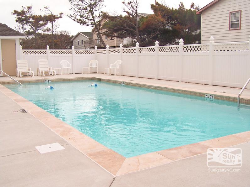 Hughes Retreat Community Pool