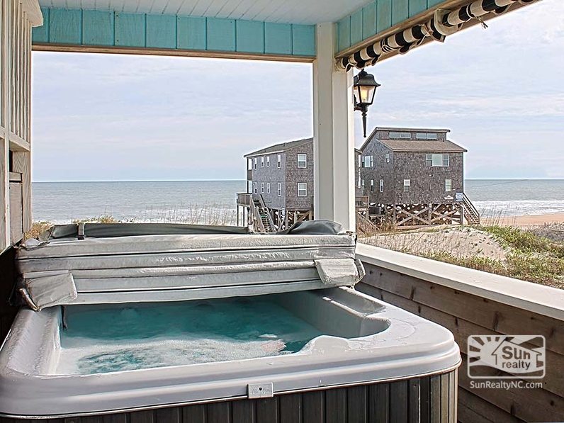First-Level Deck w/ Private Hot Tub and Ocean Views