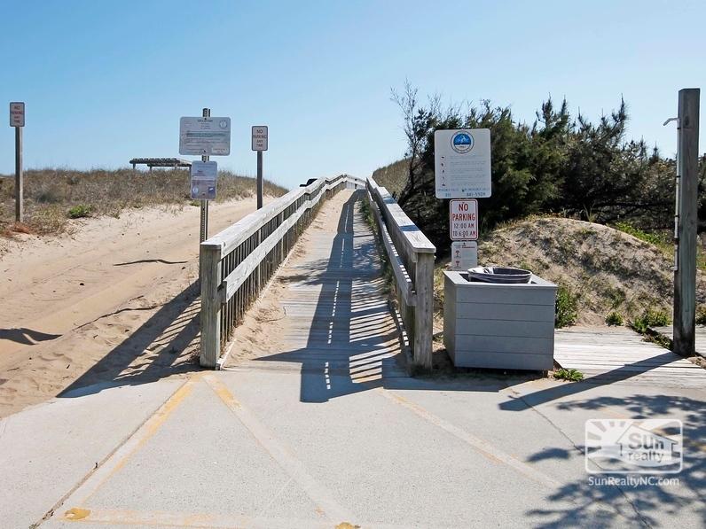 Public Beach Access 1500 South of Condos
