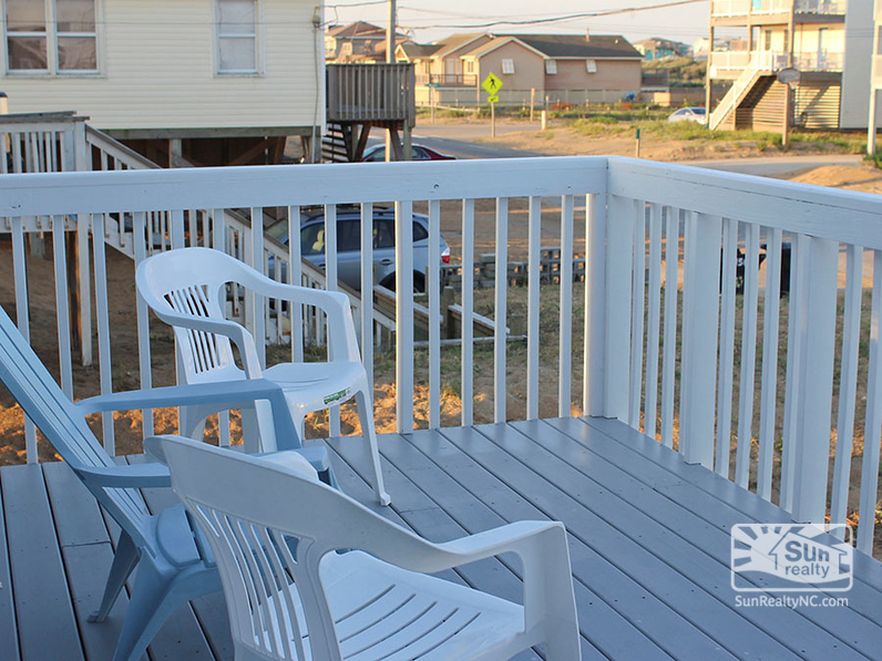 Front Deck with Seating