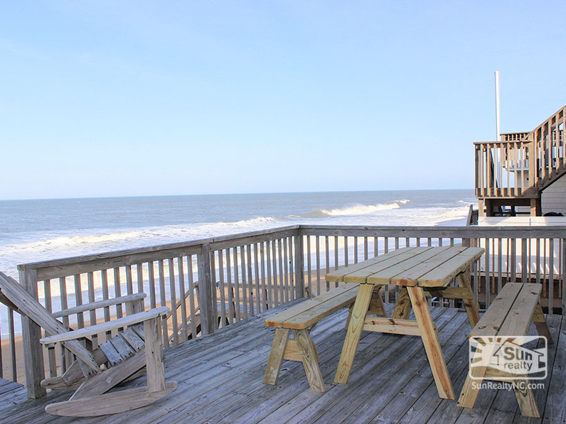 Oceanfront Sun Deck with Seating