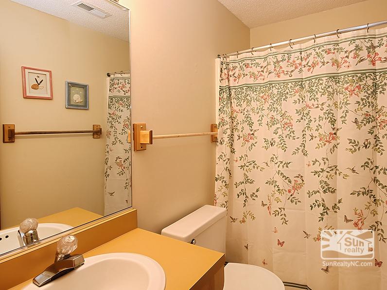 Mid-Level Bathroom