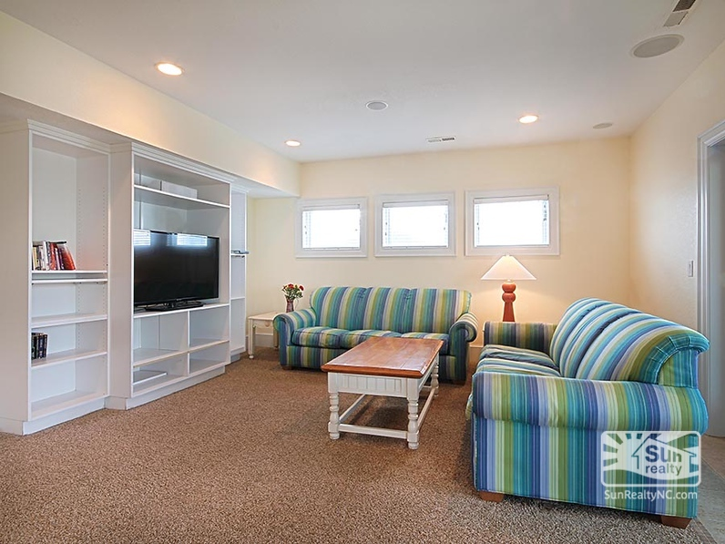 Ground-Level Sitting Room