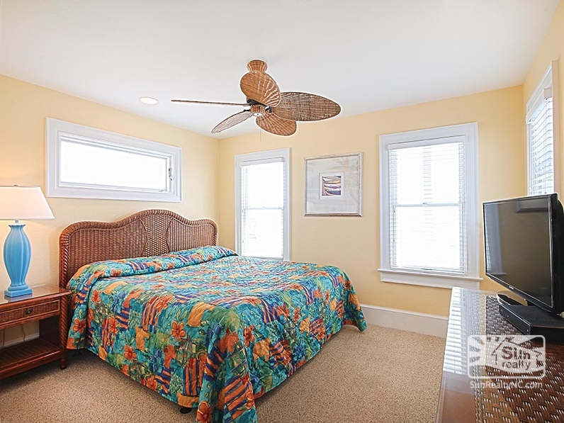 Top-Level King Master Bedroom
